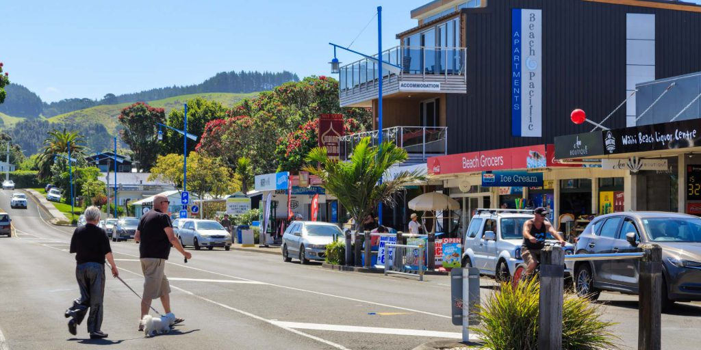 Dog walk shopping Waihi Beach Coromandel