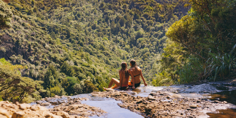 things to do in piha